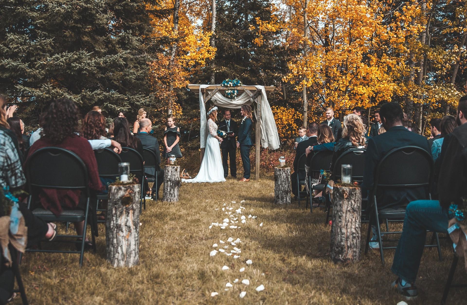 Heart Is Planning A Garden Wedding