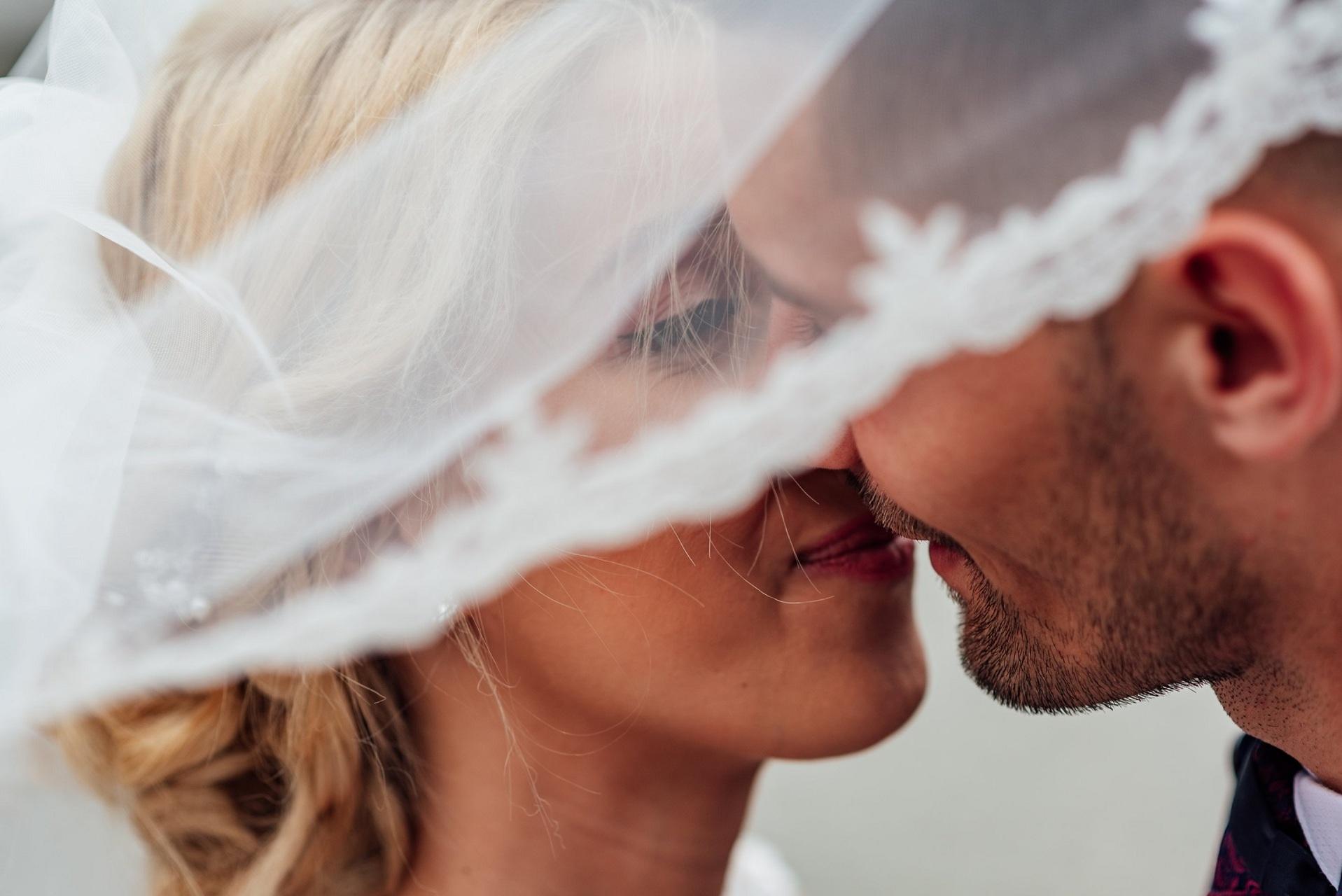 Perfect wedding kiss