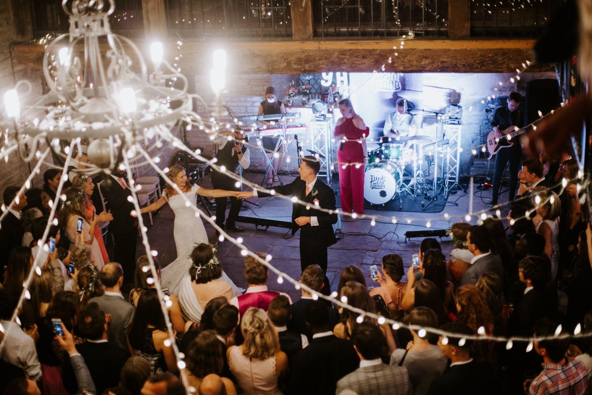 Wedding Song Dance