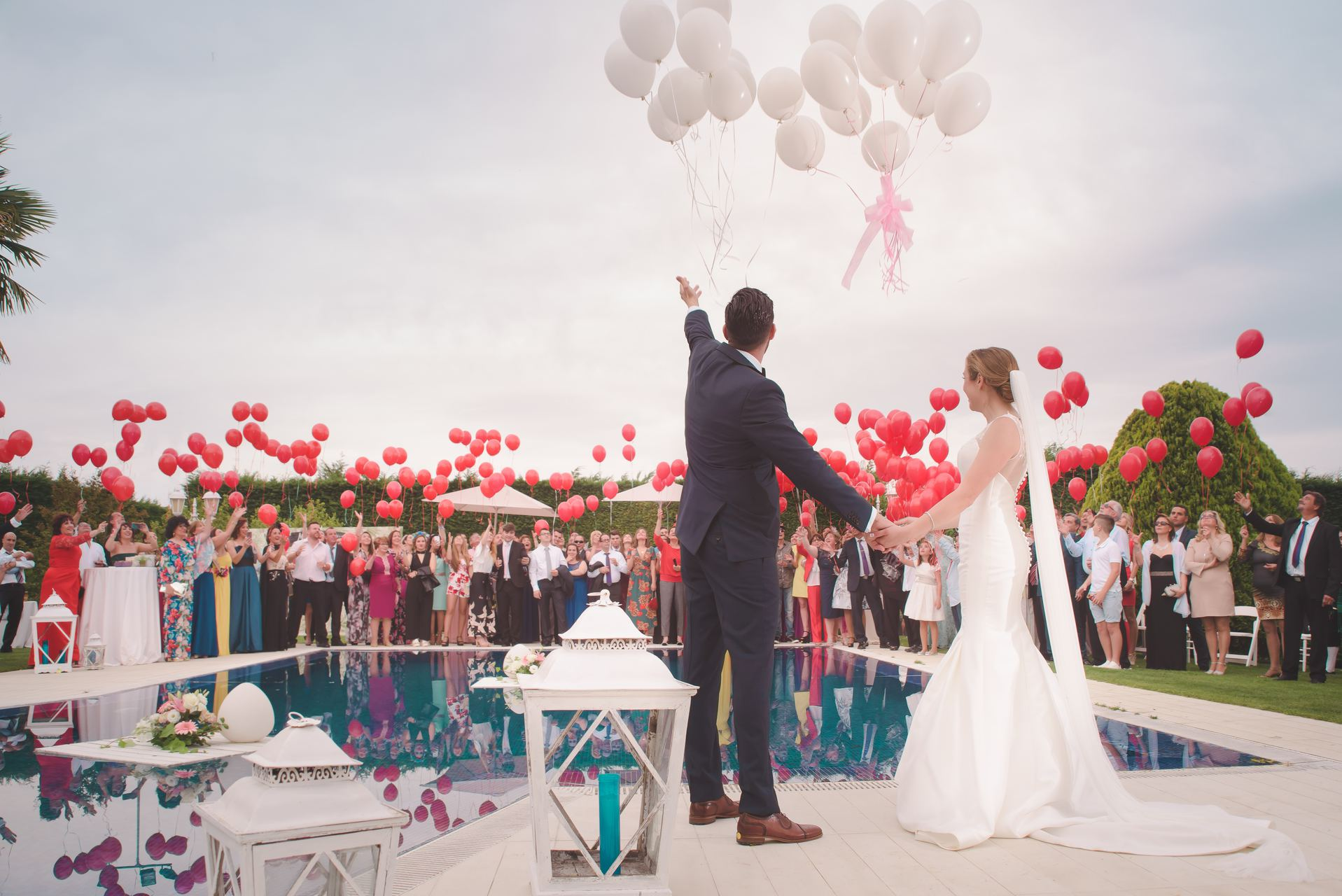 5 tips to prevent your wedding guest list from getting out of hand