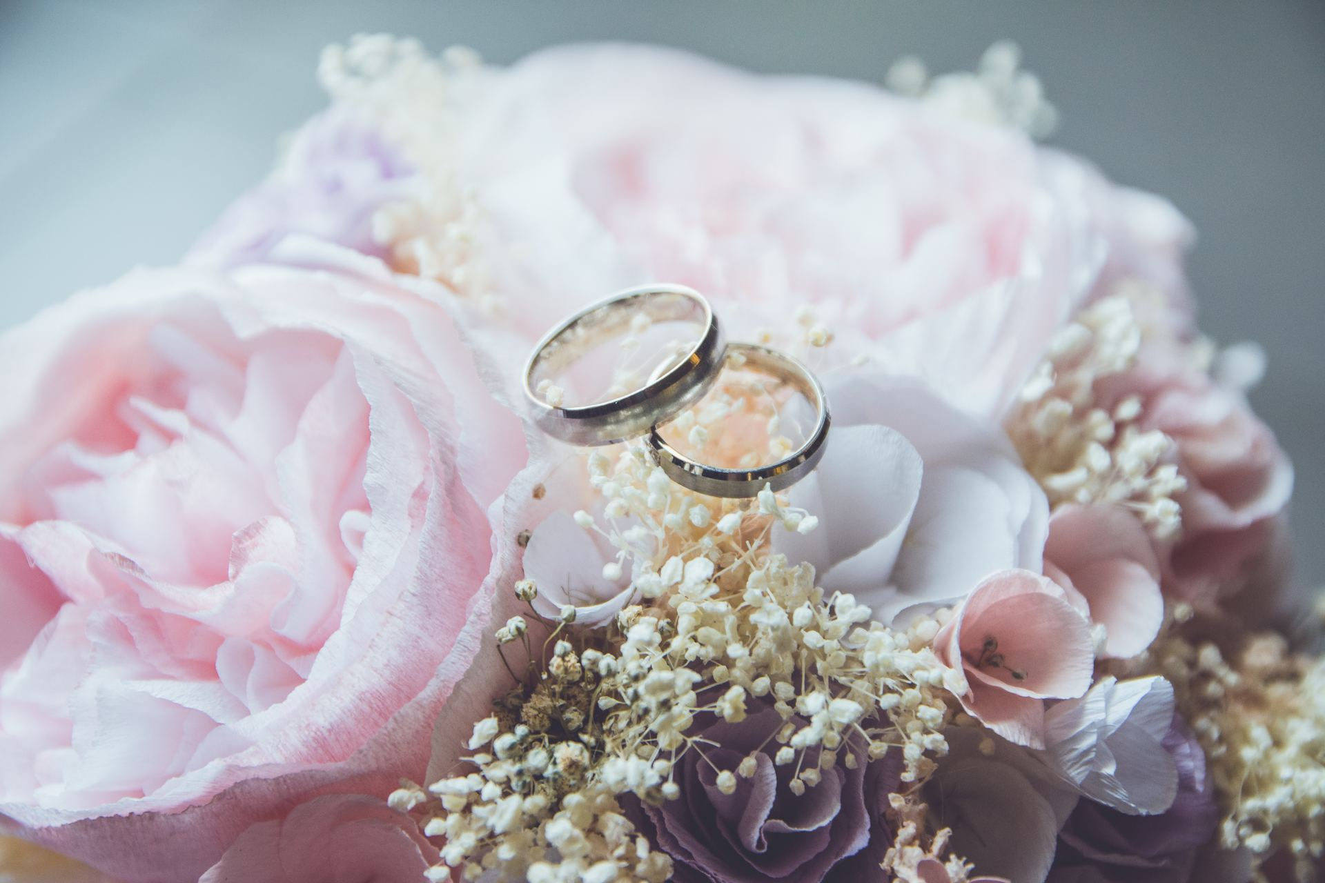 Celebrants give the low-down on renewing your vows - Part 3