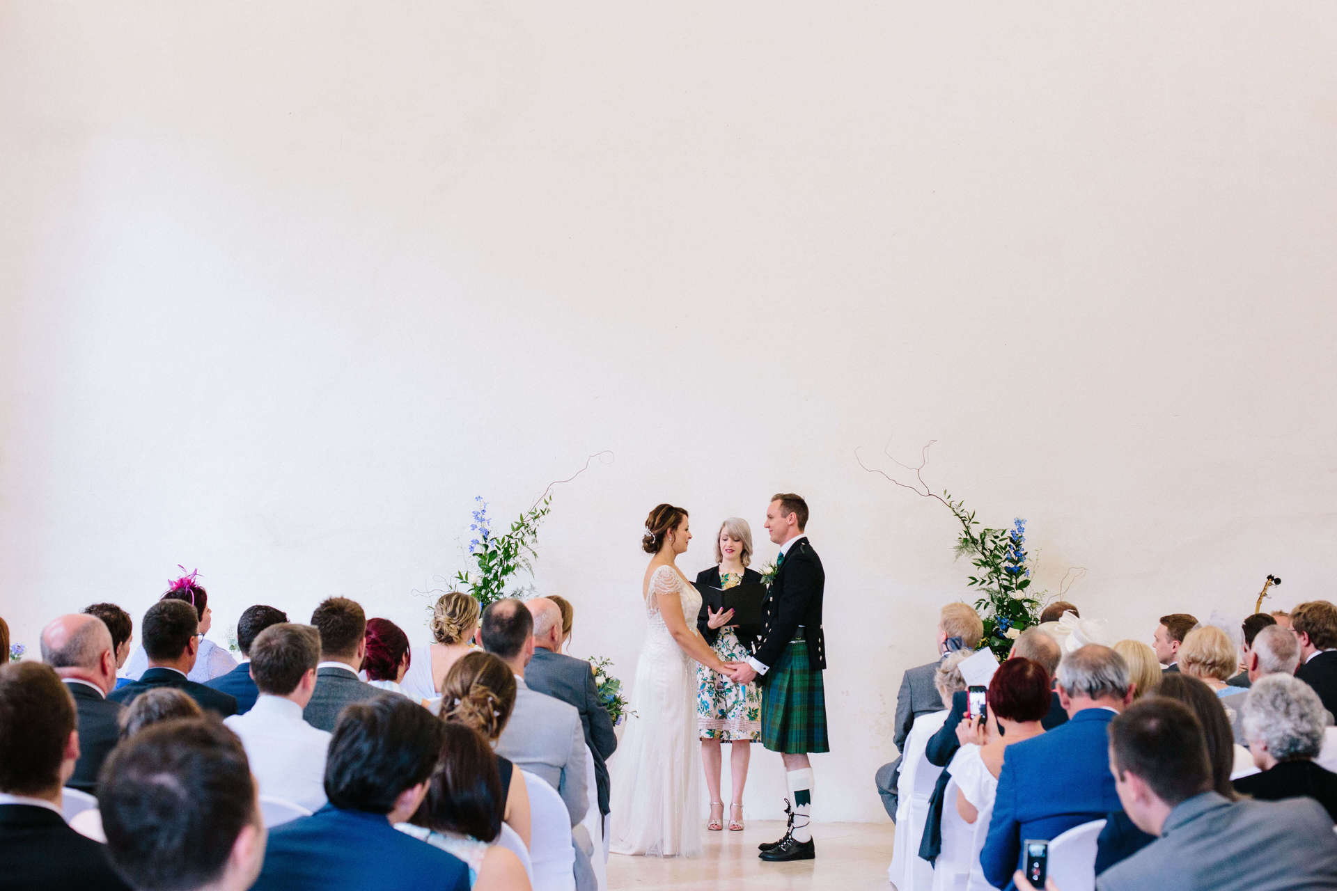 Real Wedding Ceremony Rosie And Ross The Celebrant Directory
