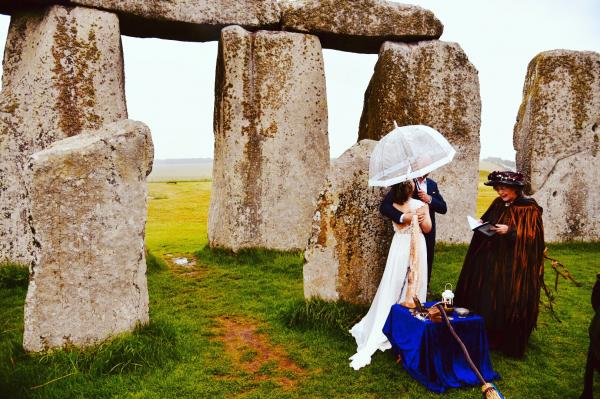 Stonehenge Handfasting 07.06.2019 Jessica and Philip 10 www.cloud9ceremonies.co