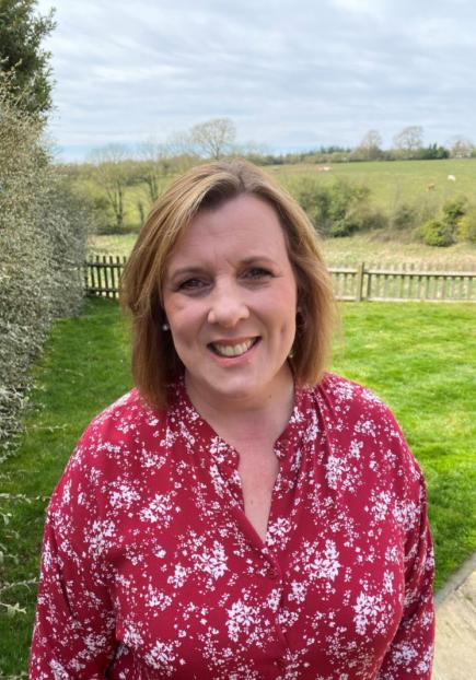 Alison Knight Profile Pic 2