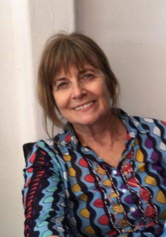 Laura Gil Celebrant