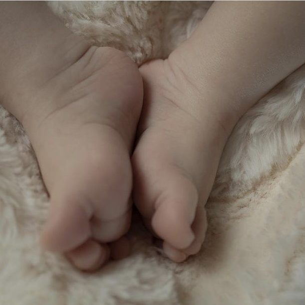 feet-for-naming-ceremony