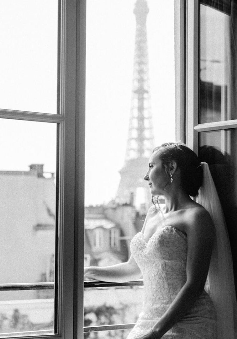 paris-celebrant-profile-front-cover